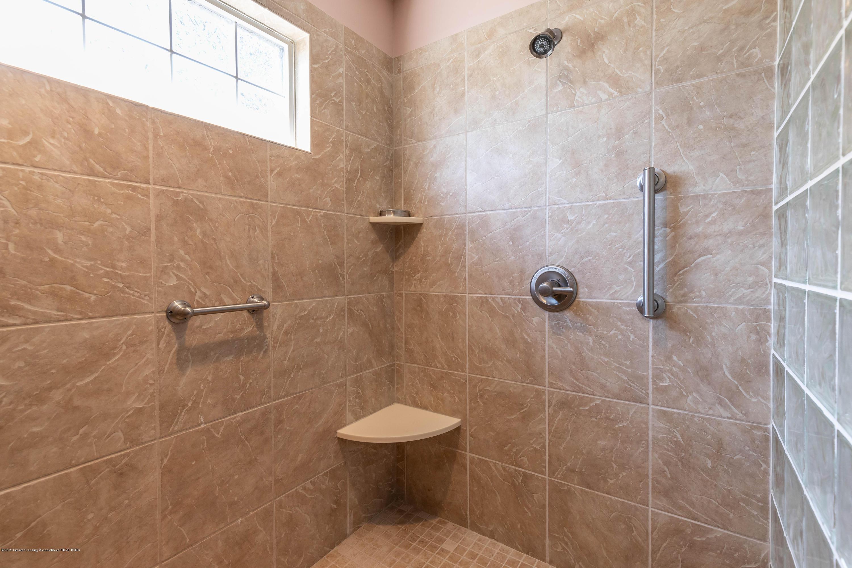 306 W Spring Meadows Ln - Master Bathroom - 43
