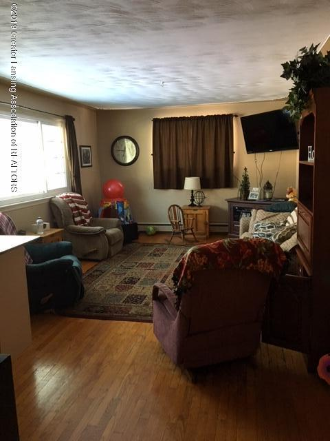 413 Meadowview Dr - IMG_7289 - 3