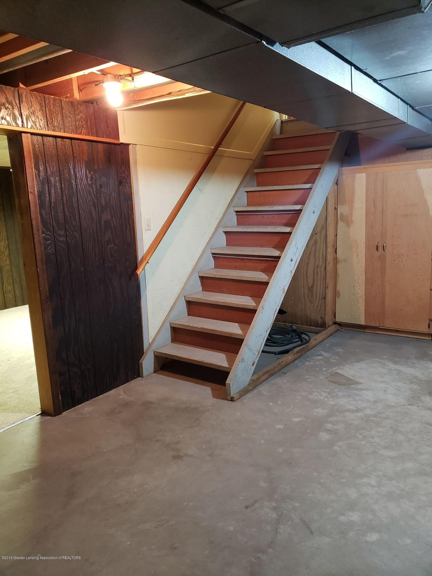 1304 Montgomery St - Basement Stairs - 33