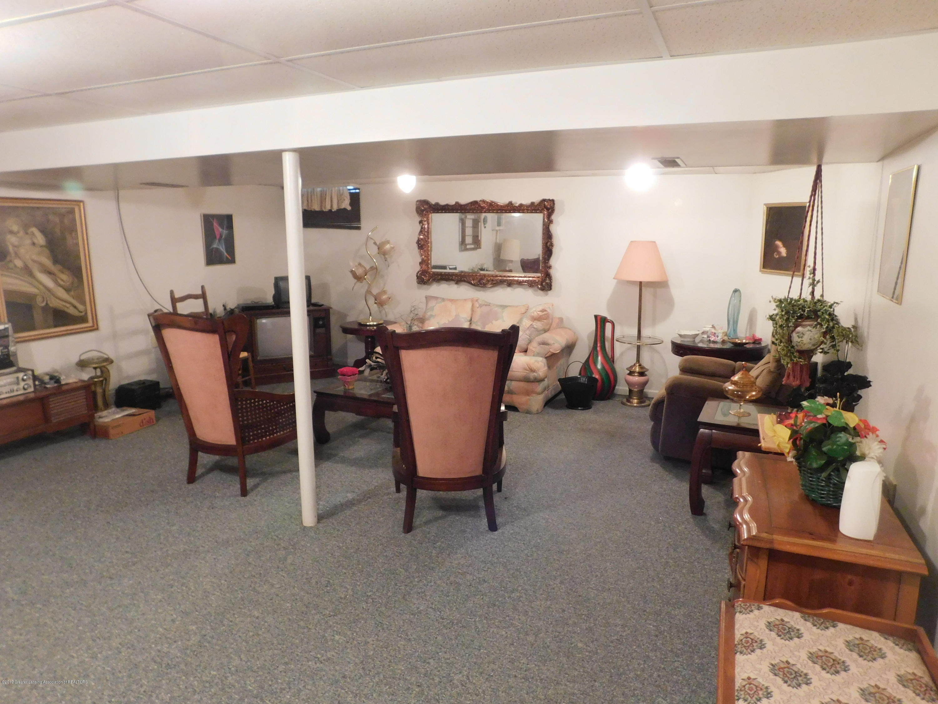 6511 S Washington Ave - FAMILY ROOM - 18