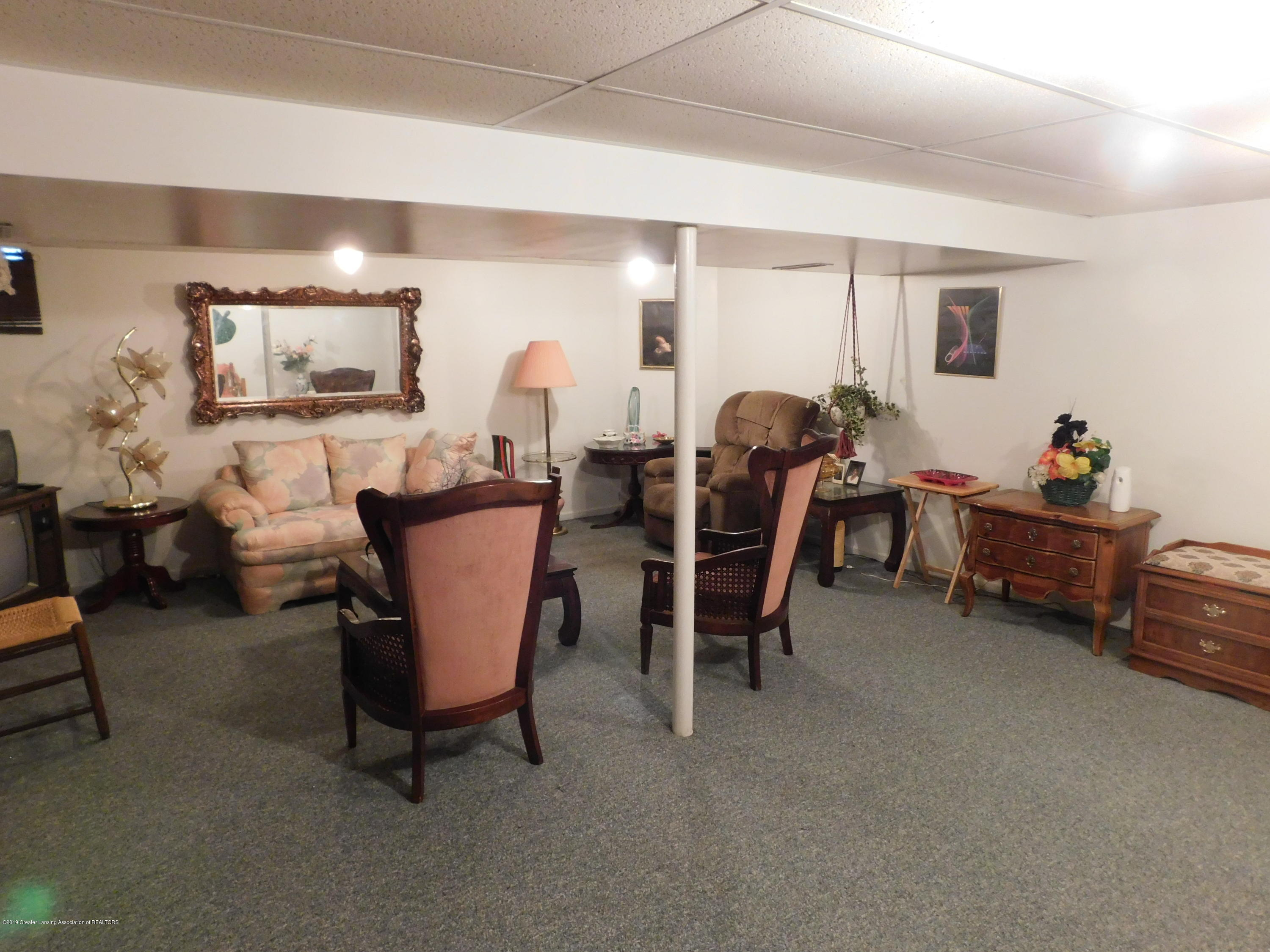 6511 S Washington Ave - FAMILY ROOM - 19