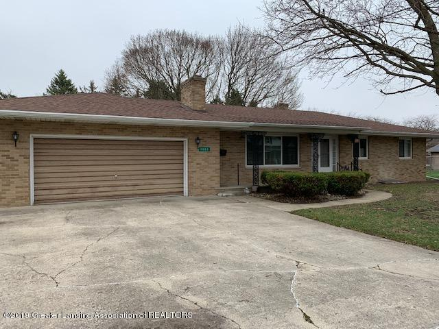 1003 Hampshire Dr - front - 1