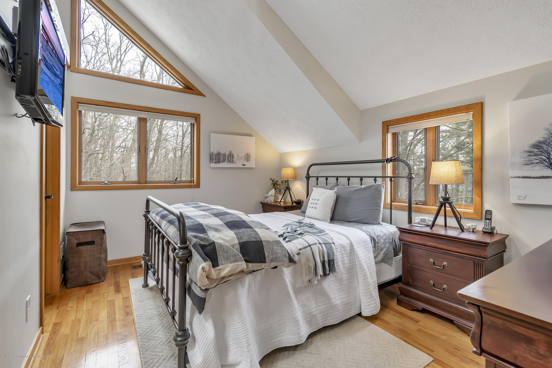2423 Haslett Rd - Master Bedroom - 18
