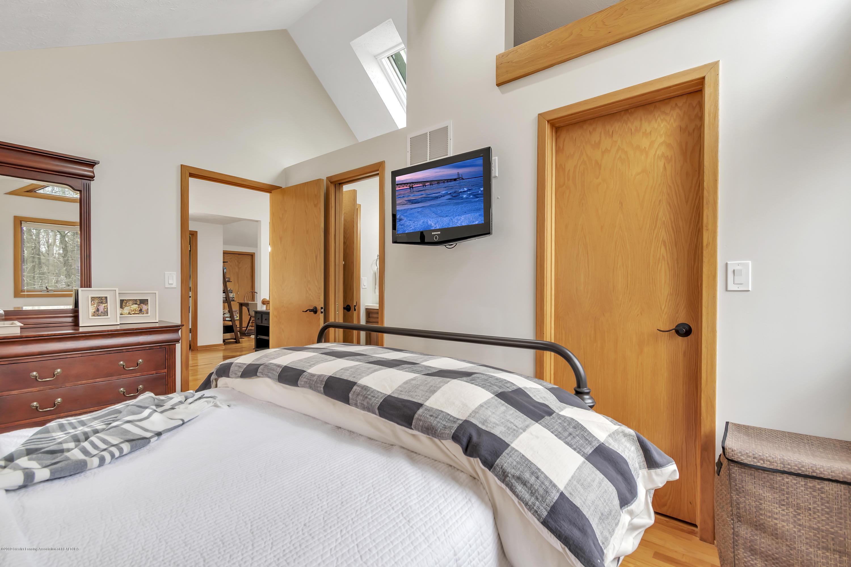2423 Haslett Rd - Master Bedroom - 21