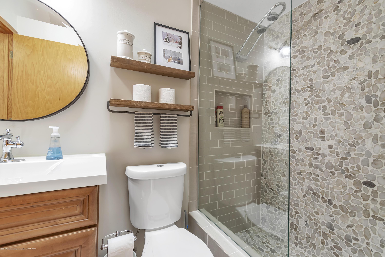 2423 Haslett Rd - Master Bath - 22