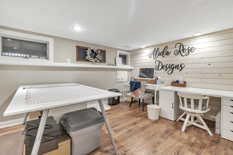 2423 Haslett Rd - Lower level Craft Room - 25