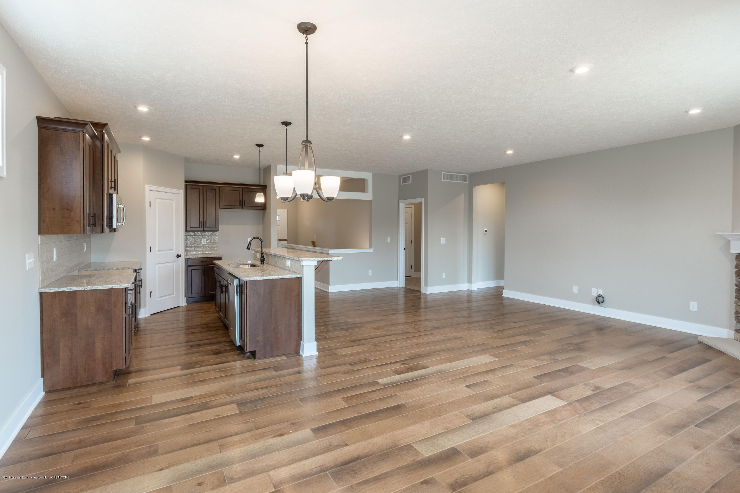2782 Carnoustie Dr - Main Level - 21