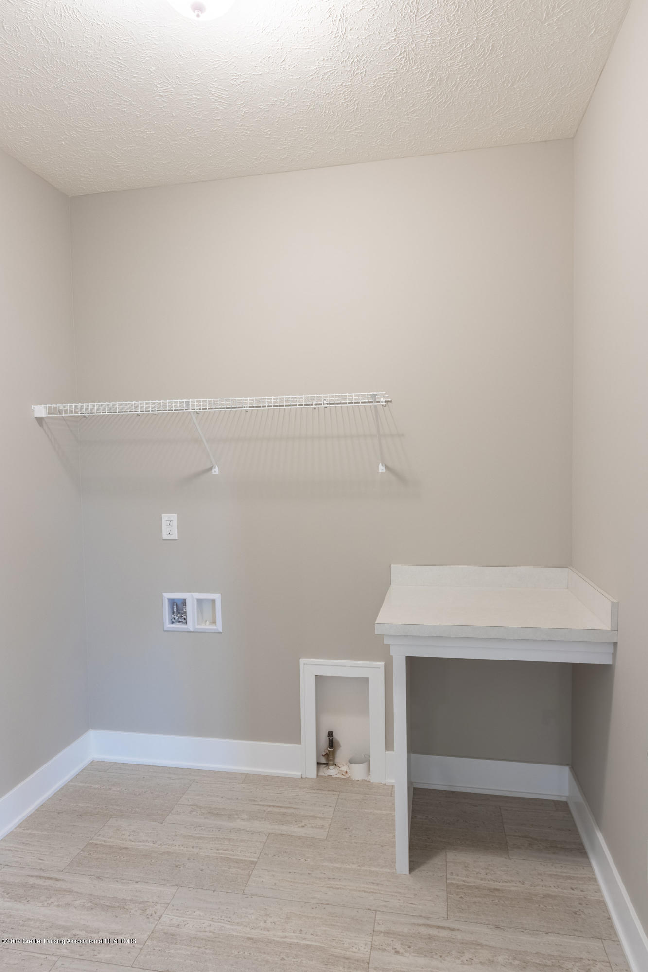 2782 Carnoustie Dr - Laundry Room - 24