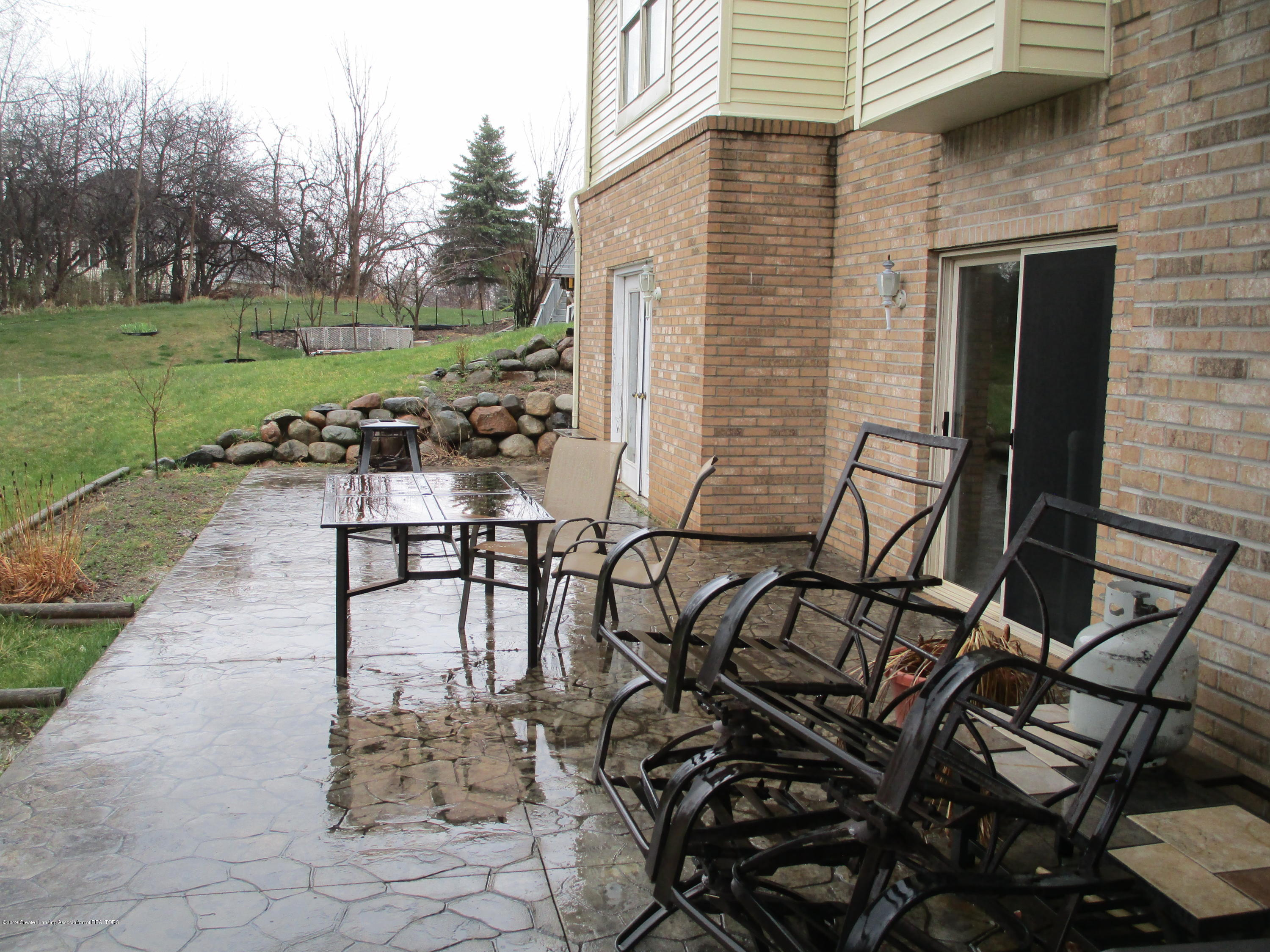 4084 Pheasant Run - DS Patio (3) - 38