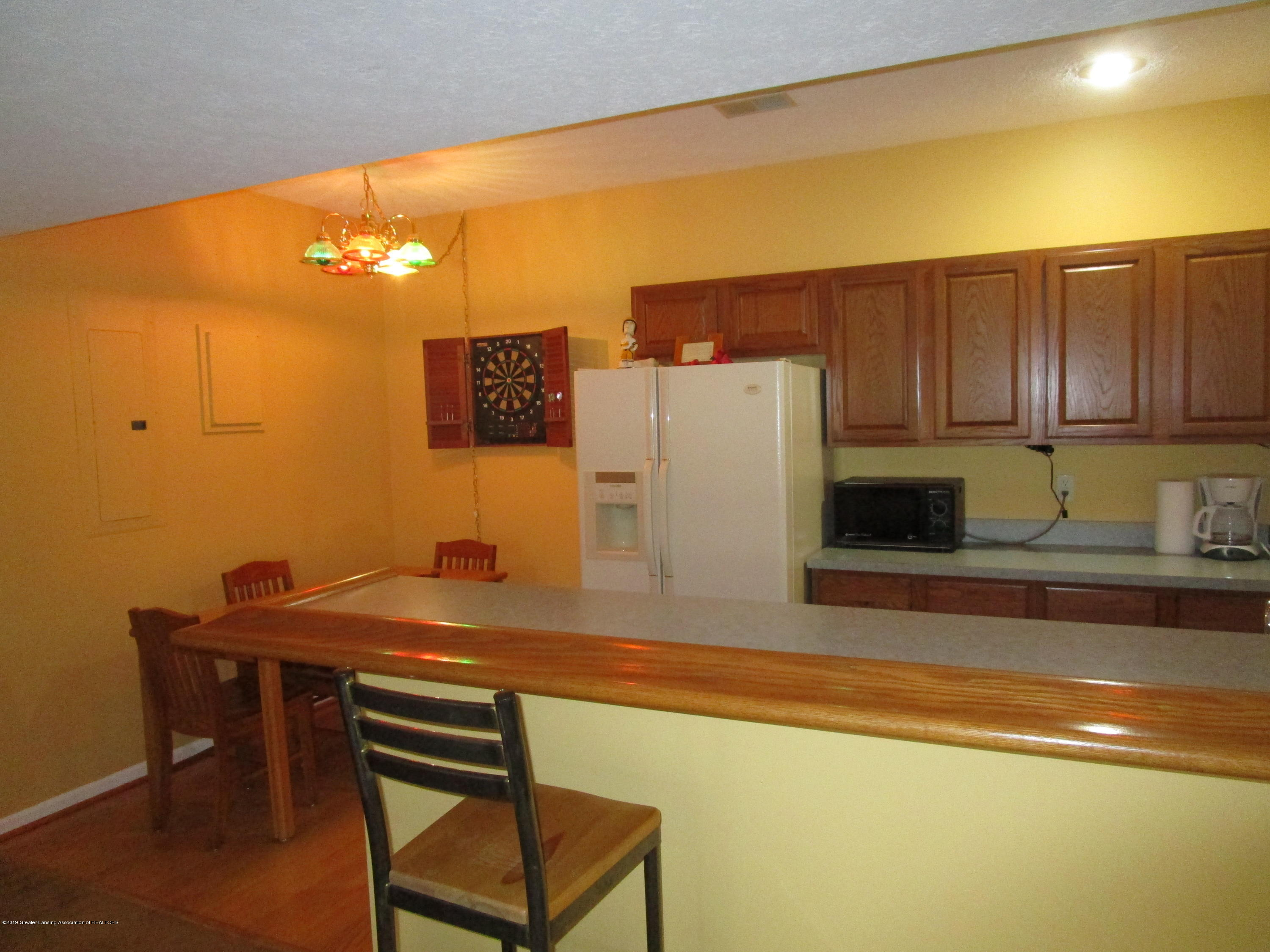 4084 Pheasant Run - DS Wet Bar (2) - 44