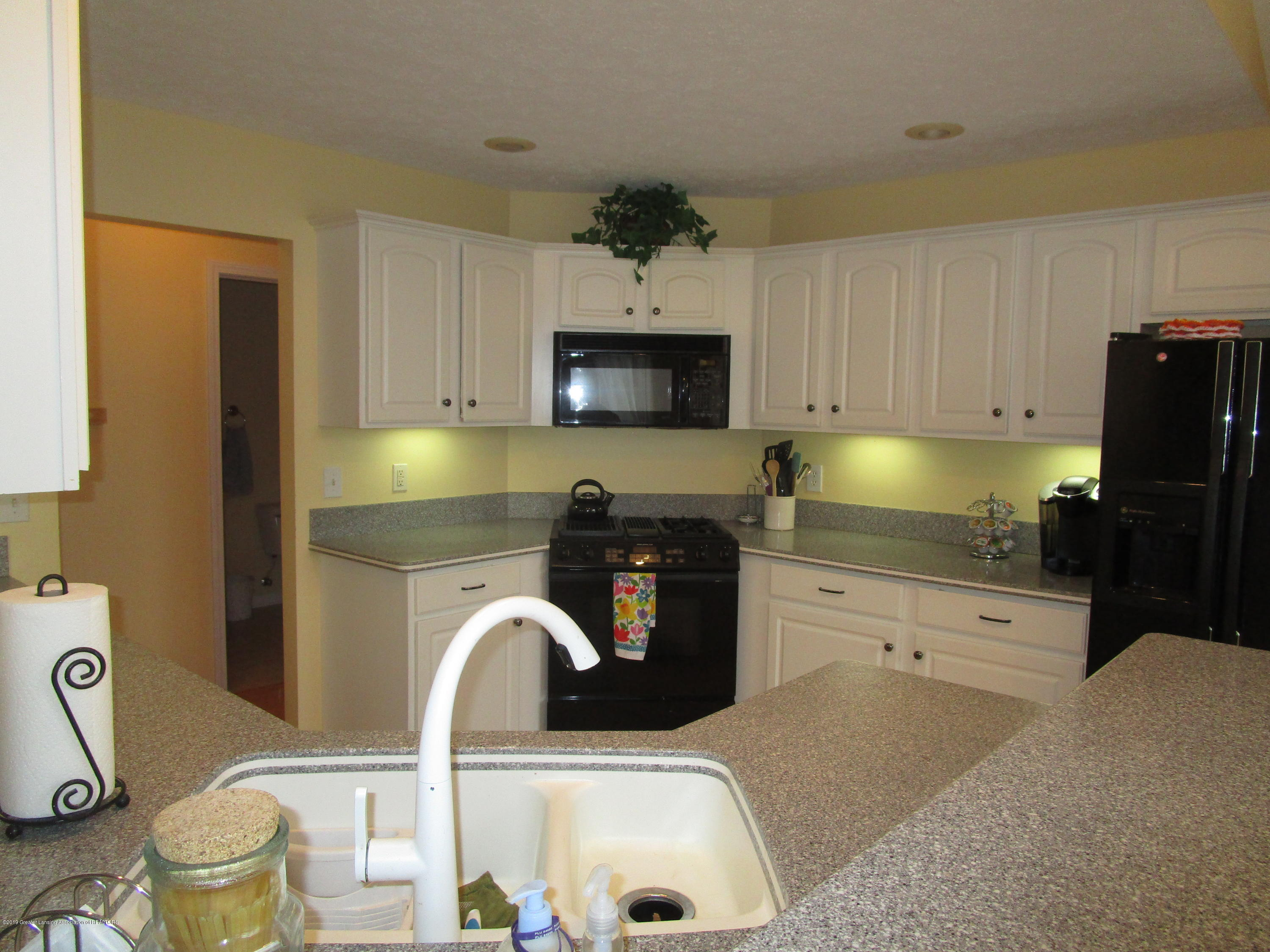 4084 Pheasant Run - Kitchen - 8