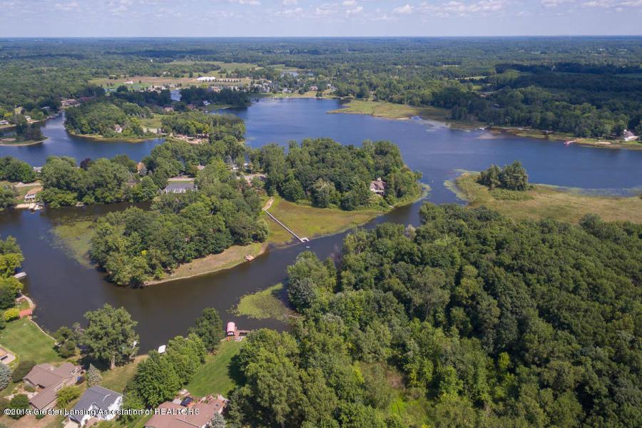 10191 S Bay Dr - Scenic Lake Aerial - 2