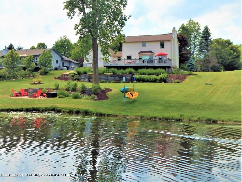10191 S Bay Dr - Lake front living - 1