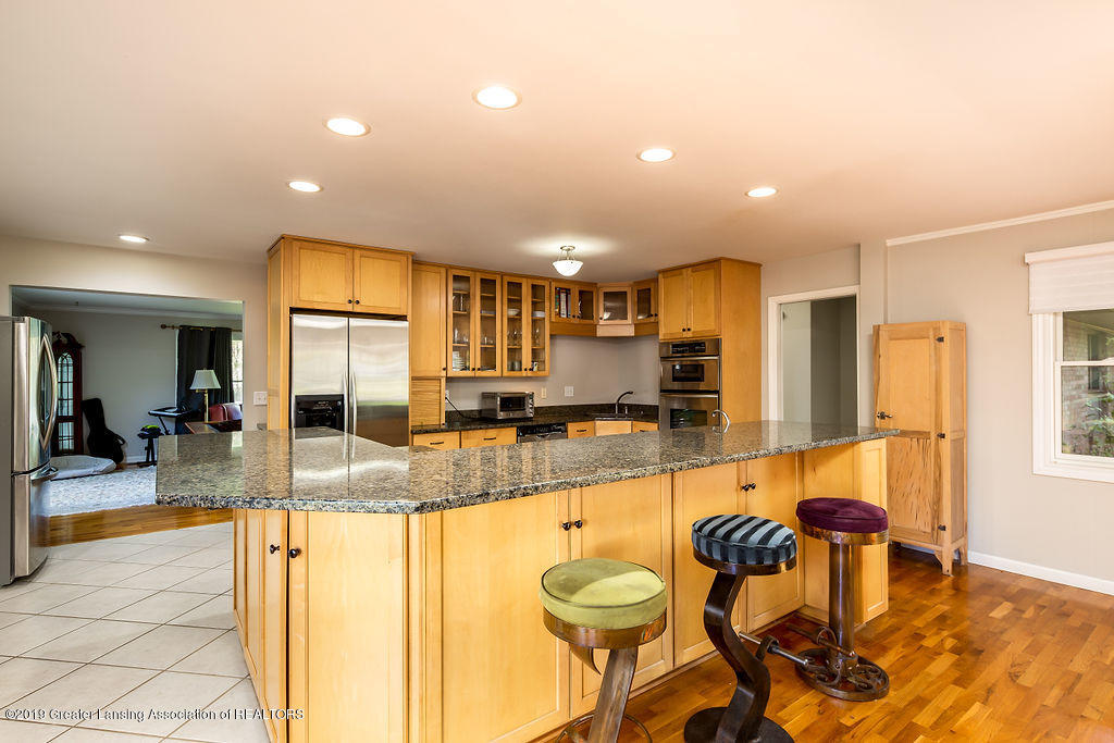 421 Curtis Rd - Kitchen - 5
