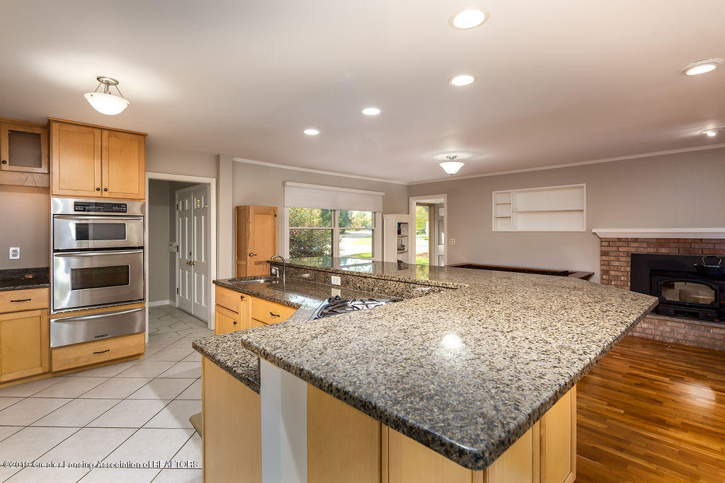 421 Curtis Rd - Kitchen - 4