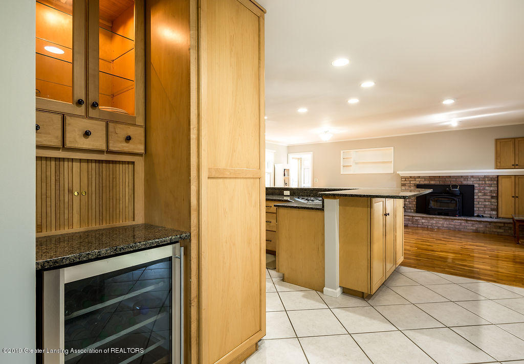 421 Curtis Rd - Kitchen - 10