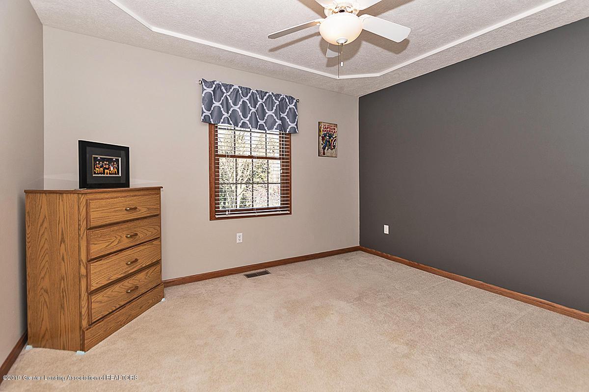 1103 Sunrise Dr - Bedroom 3 - 27