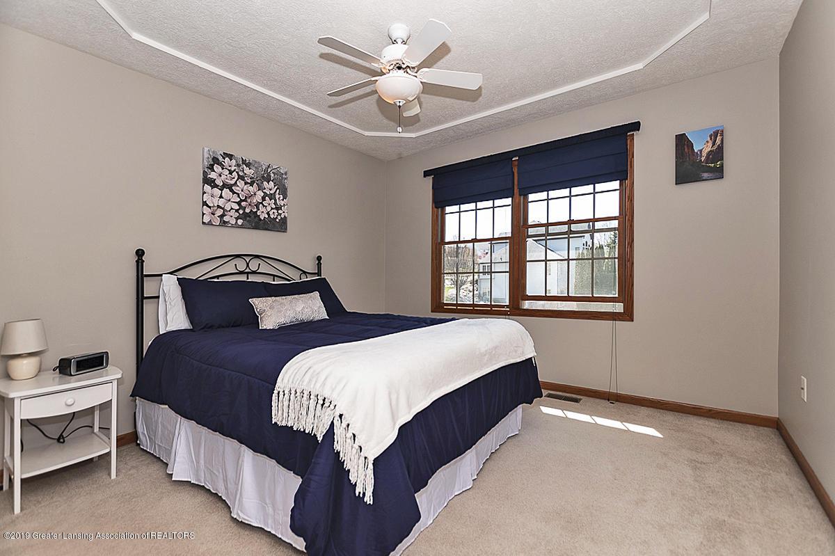 1103 Sunrise Dr - Bedroom 2 - 26