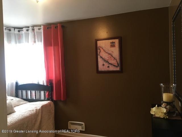4515 W Saginaw Hwy - IMG_2789 - 11