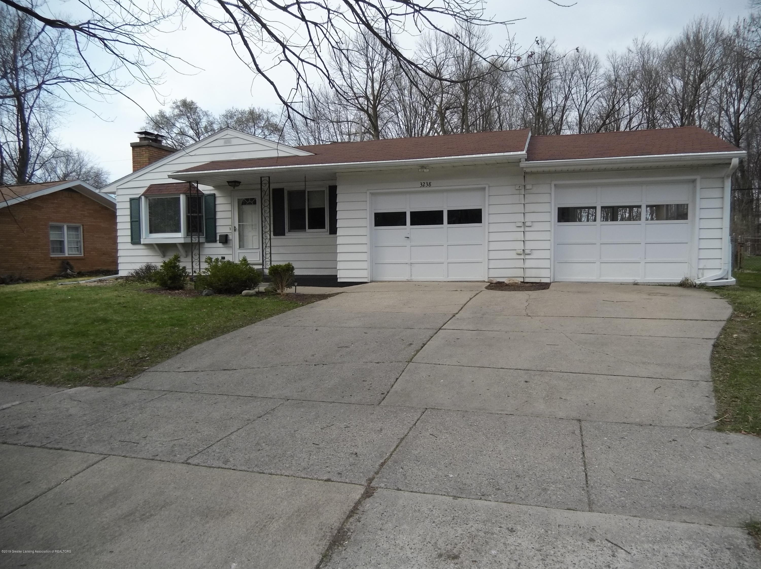 3238 Glasgow Dr - Front - 1