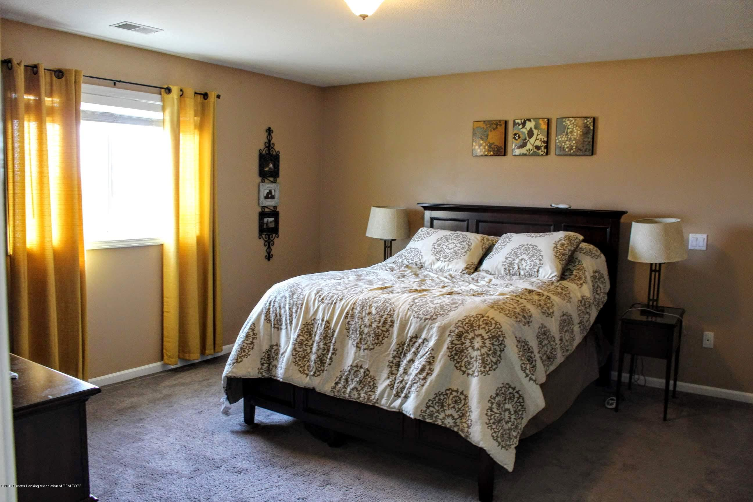 3099 E Price Rd - Bedroom - 11