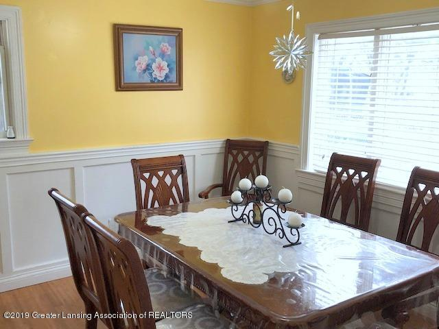 5835 Durwell Dr - Dining Room - 7