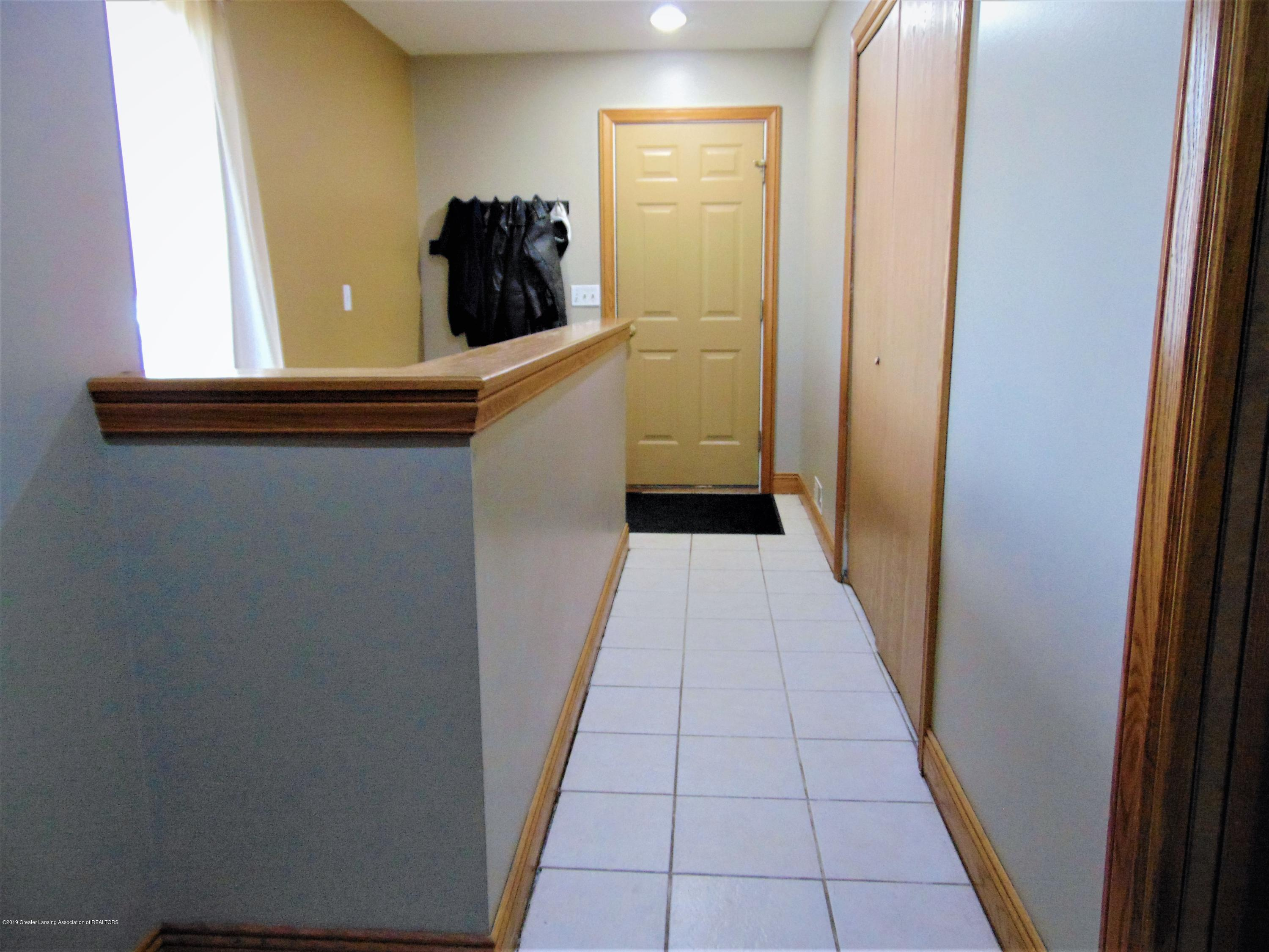 3104 Meadow Brook Rd - Hall to garage, laundry and basement - 17