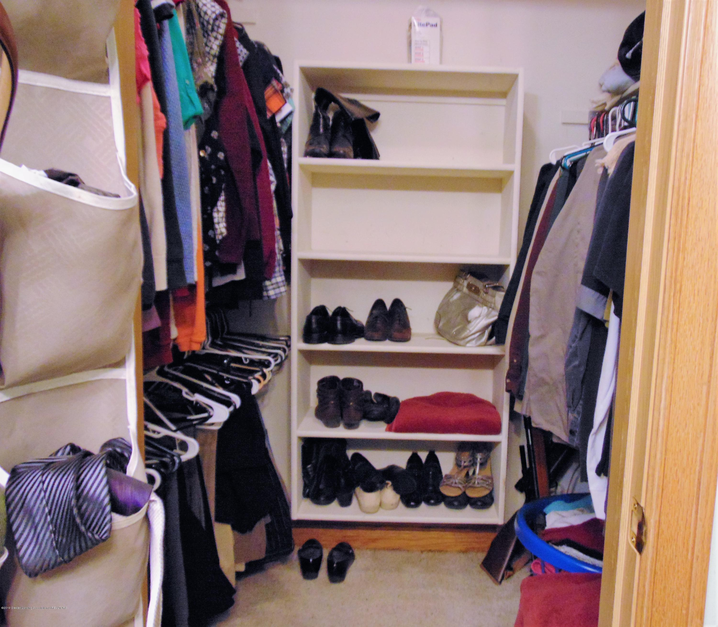 3104 Meadow Brook Rd - Master walk-in closet - 12