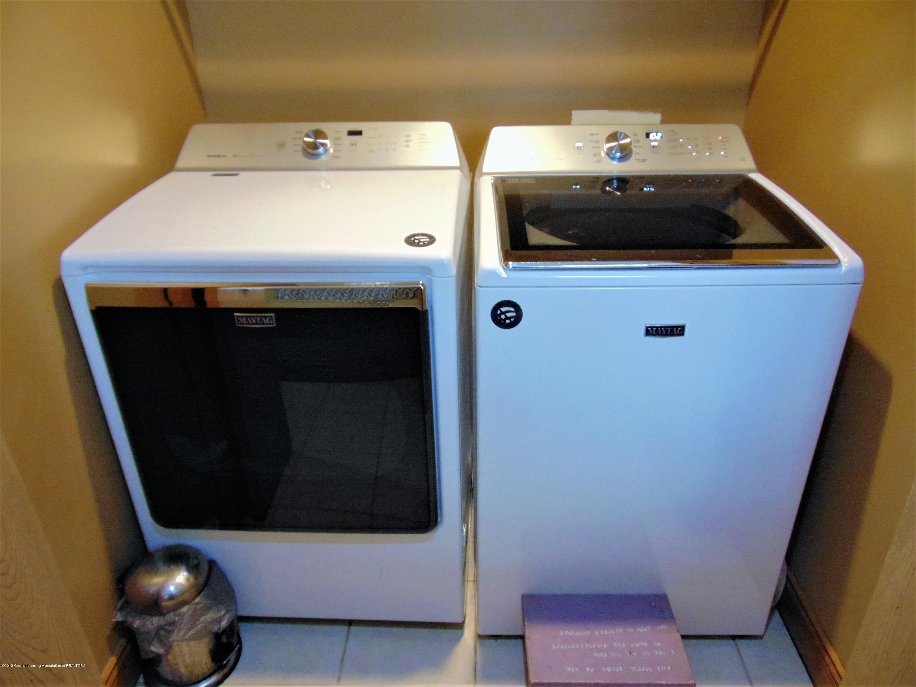 3104 Meadow Brook Rd - first floor laundry - 18