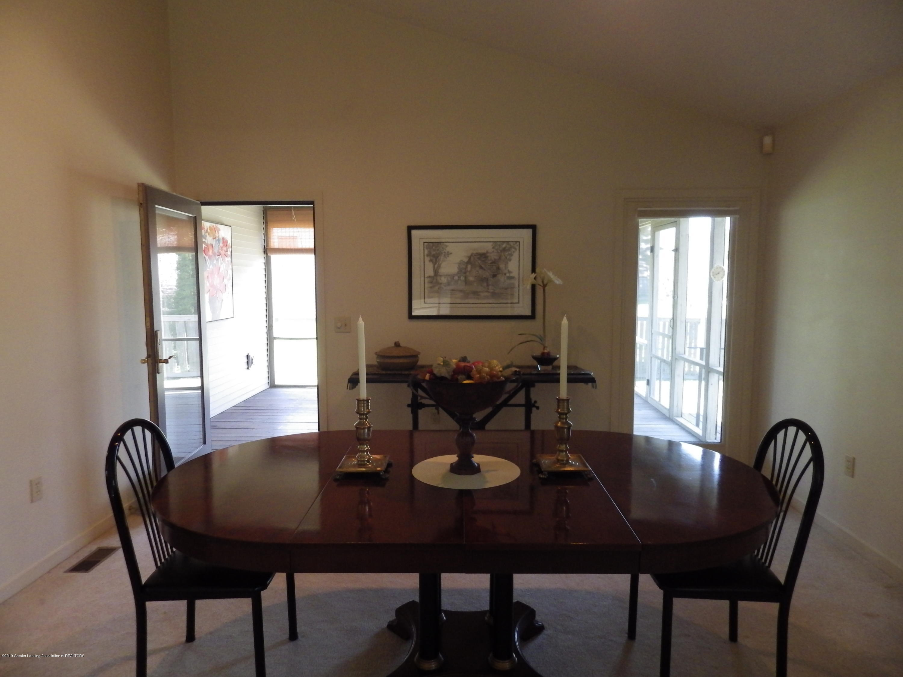1007 Carlisle Cir - Dining Room - 6