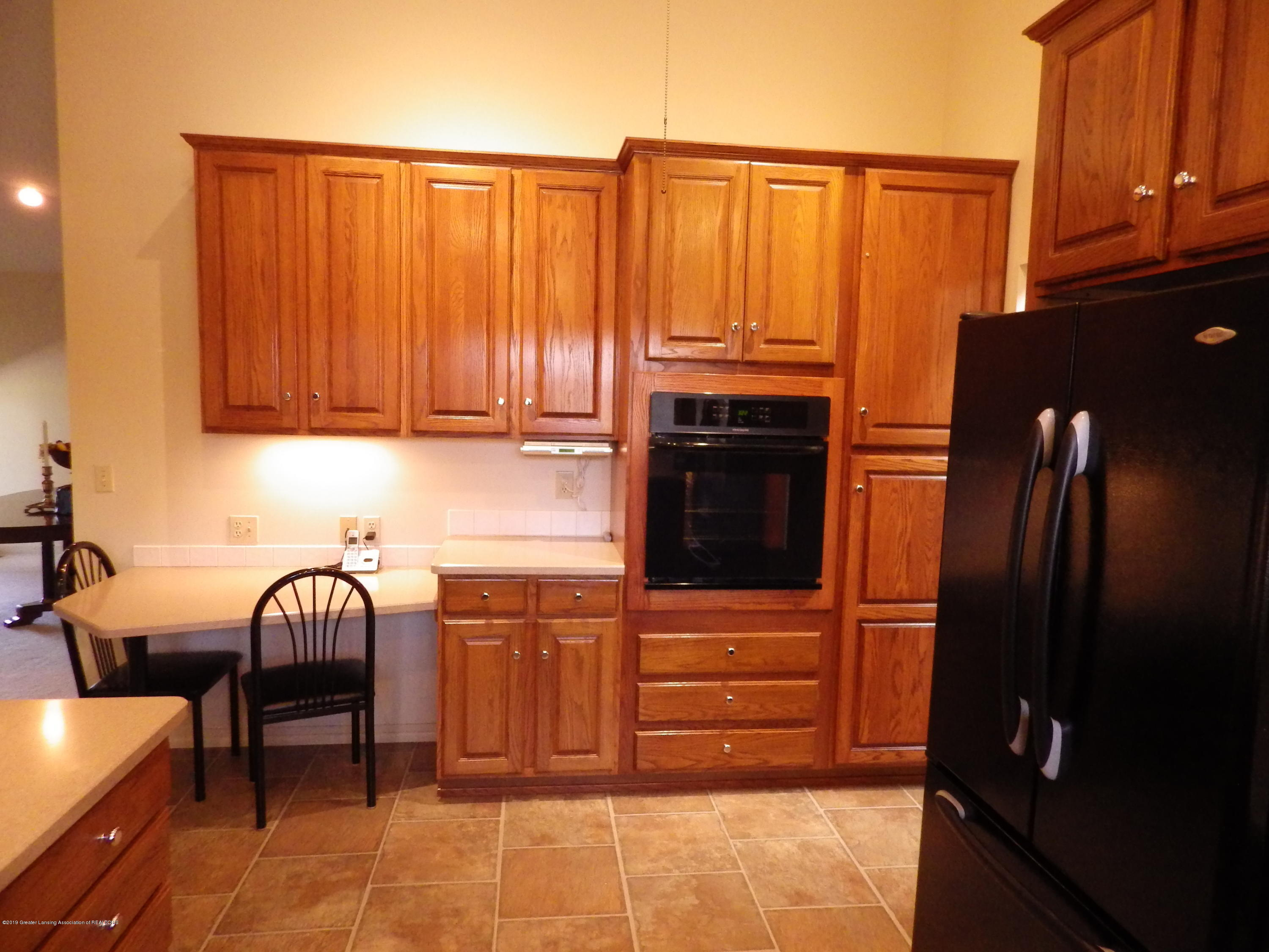 1007 Carlisle Cir - Kitchen 2 - 8