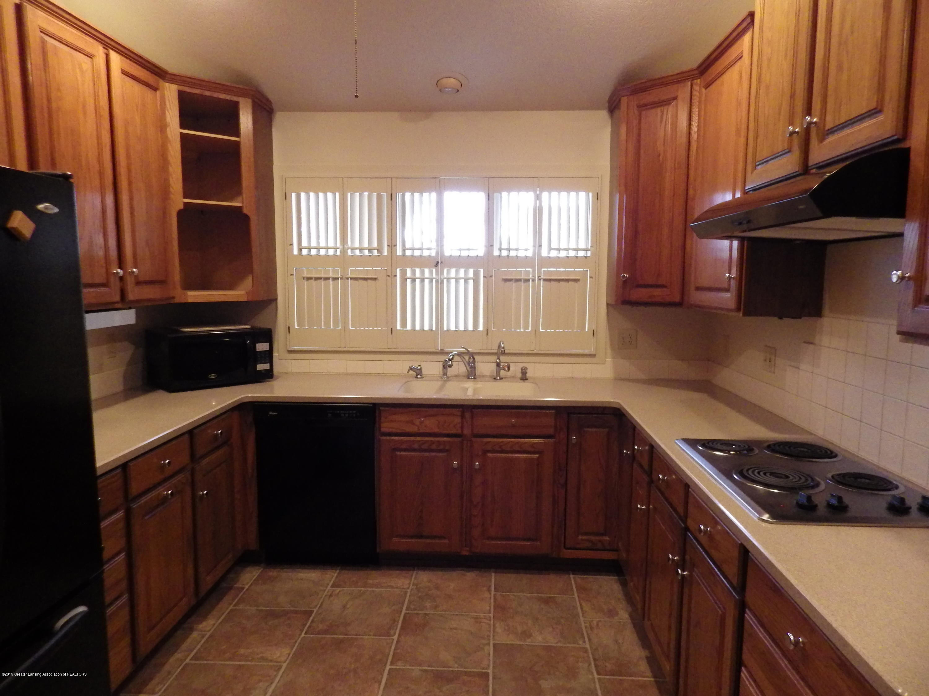 1007 Carlisle Cir - Kitchen - 12