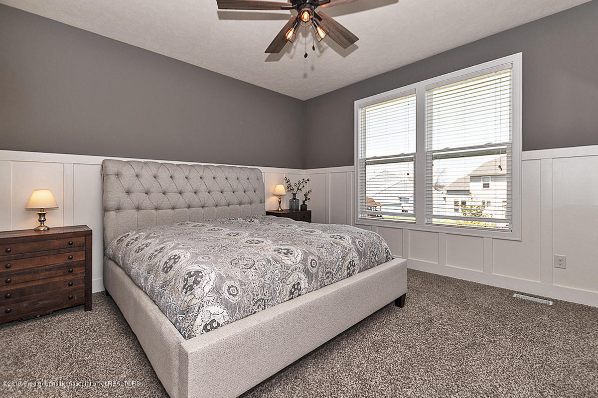 10599 Saddlebrook Dr - Master Suite - 12