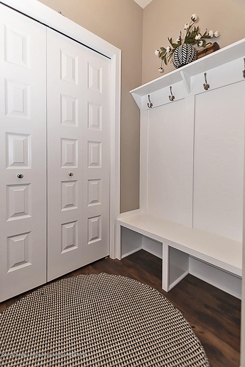 10599 Saddlebrook Dr - Mud Room - 20