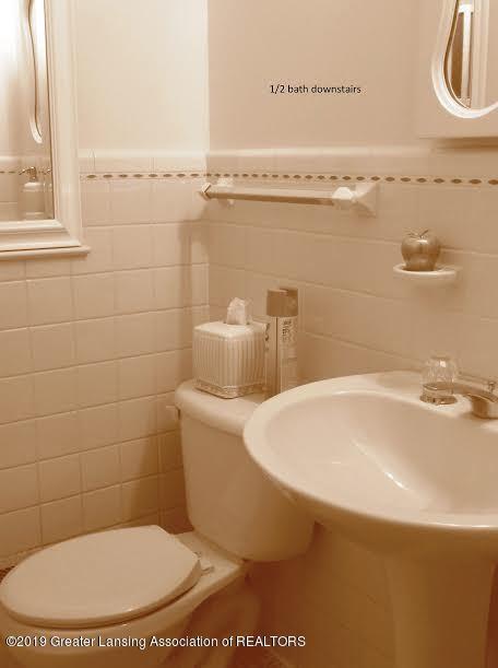 3863 Waverly Hills Rd - Half bath - 81