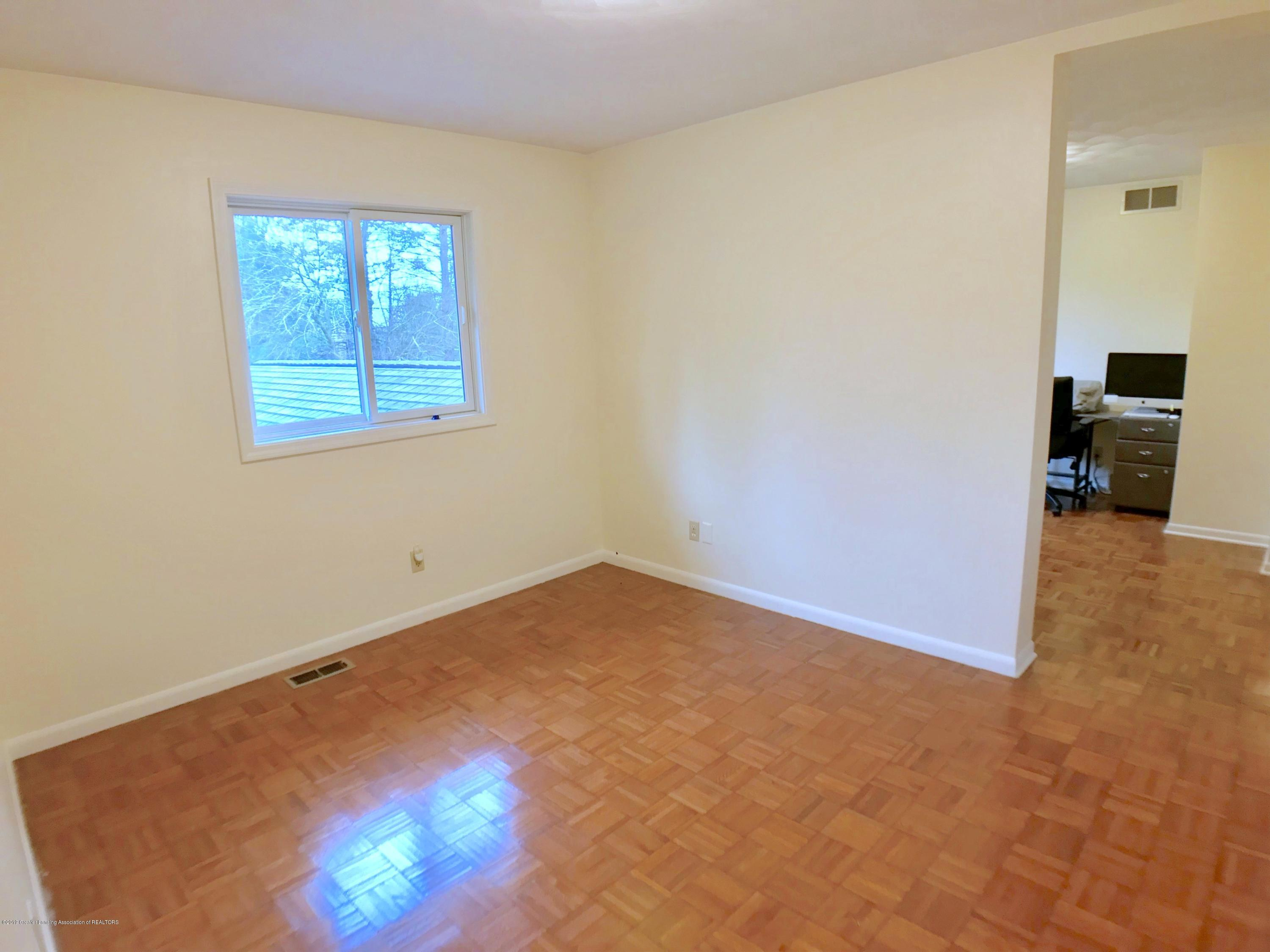 12280 Beardslee Rd - Adjoining Bedroom - 27