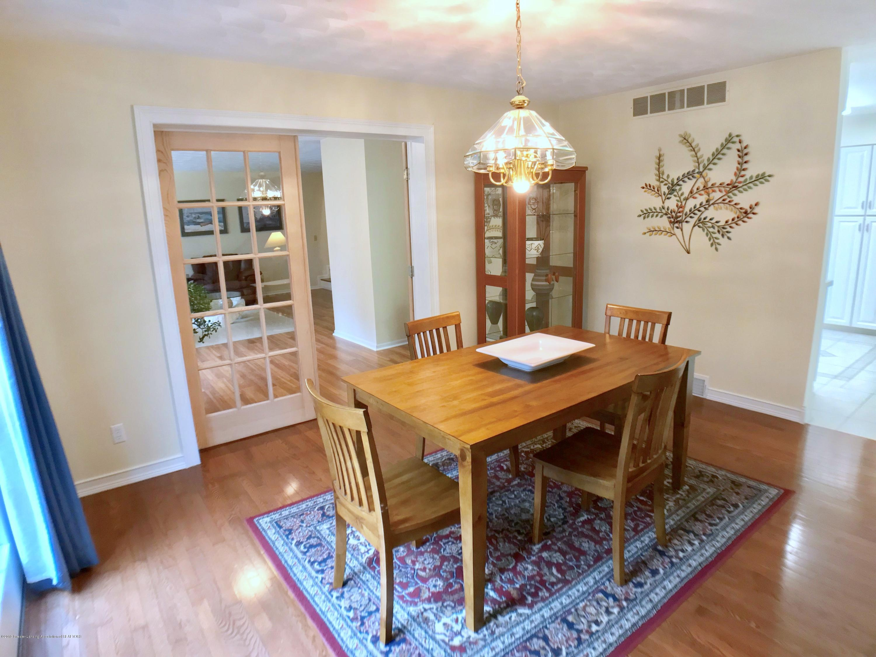 12280 Beardslee Rd - Dining Room - 7