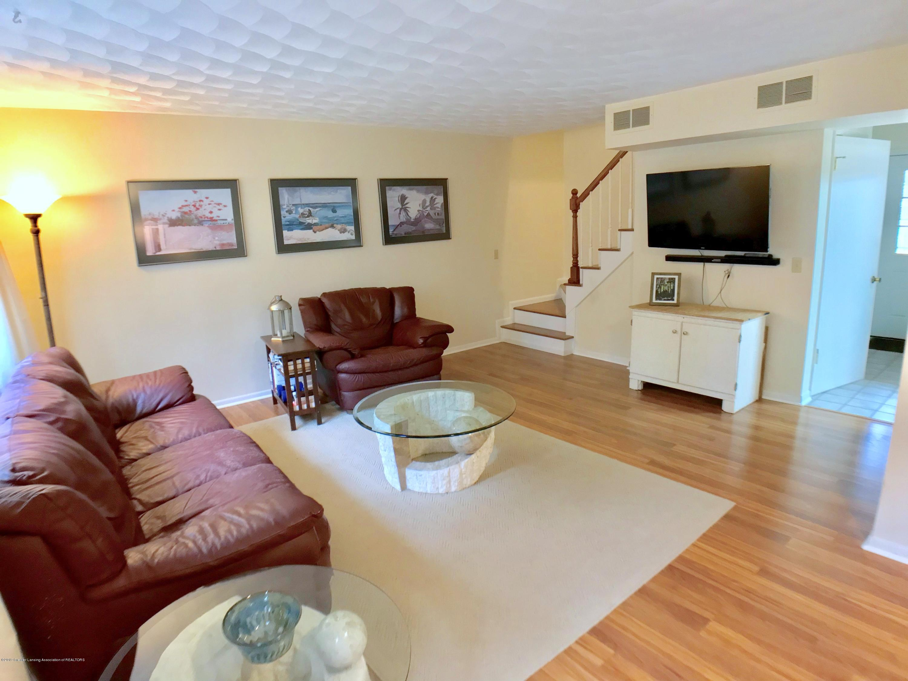 12280 Beardslee Rd - Family Room - 14