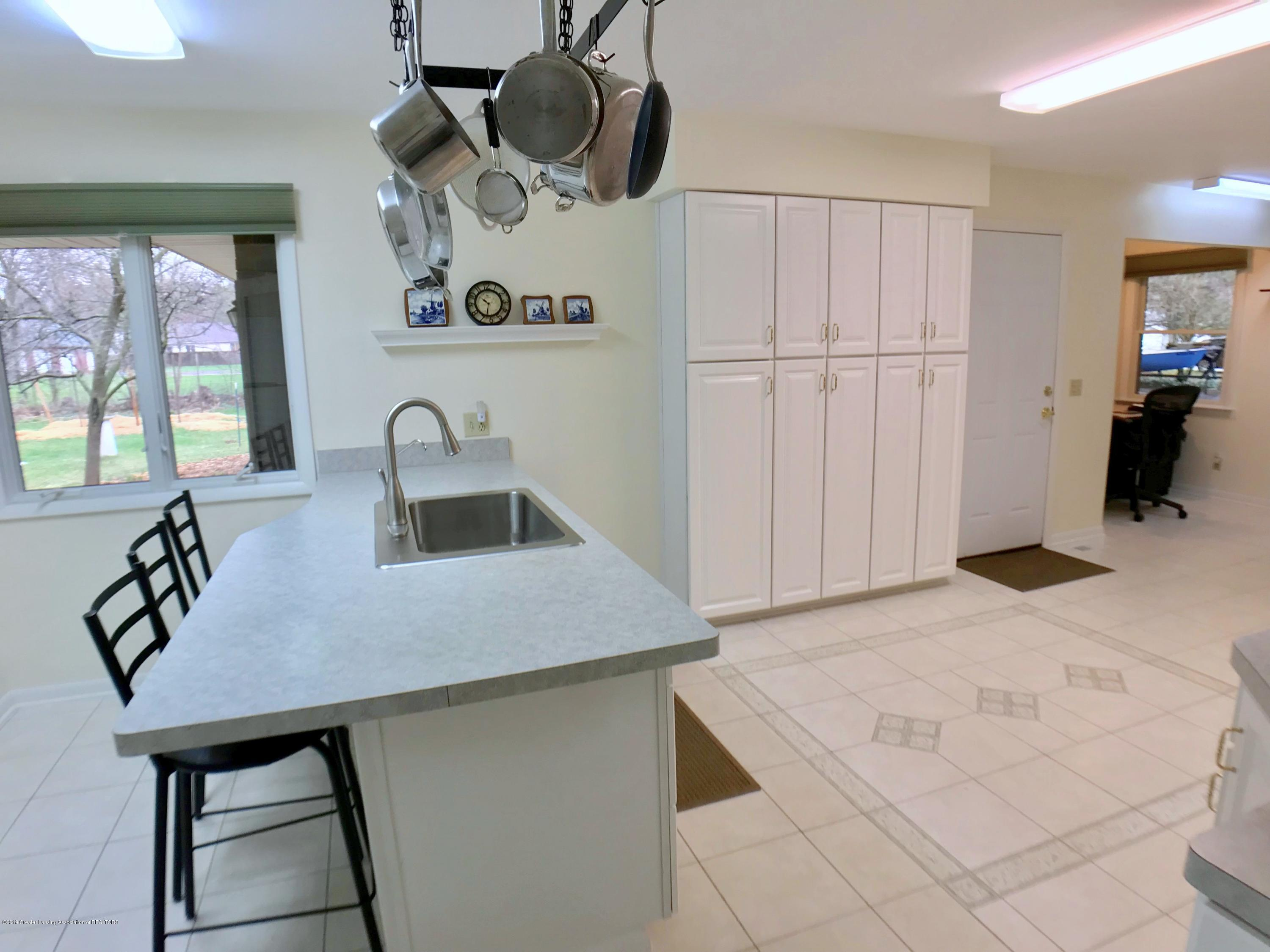12280 Beardslee Rd - Kitchen - 12