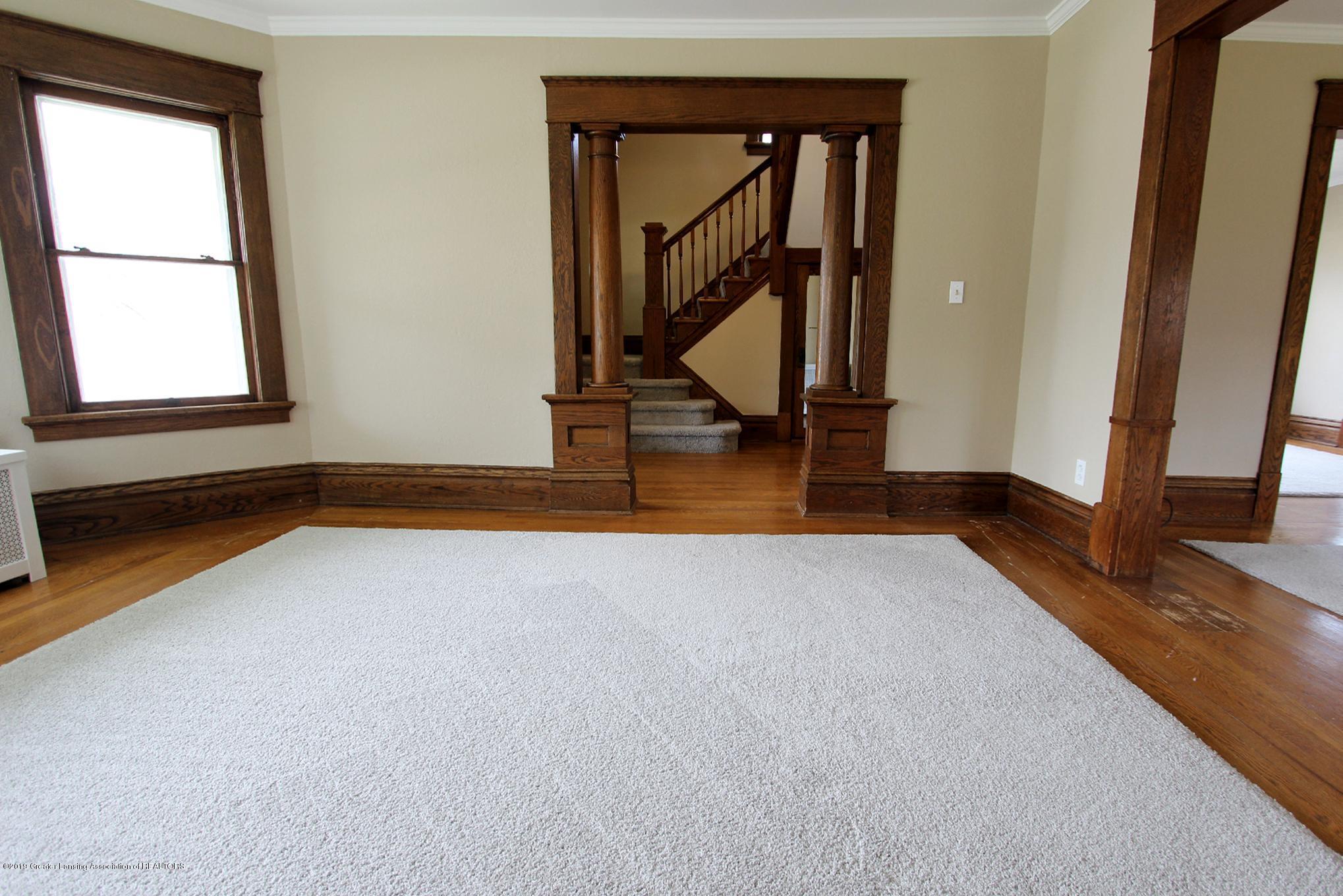 214 N Franklin St - 05 Living Room 2 - 6