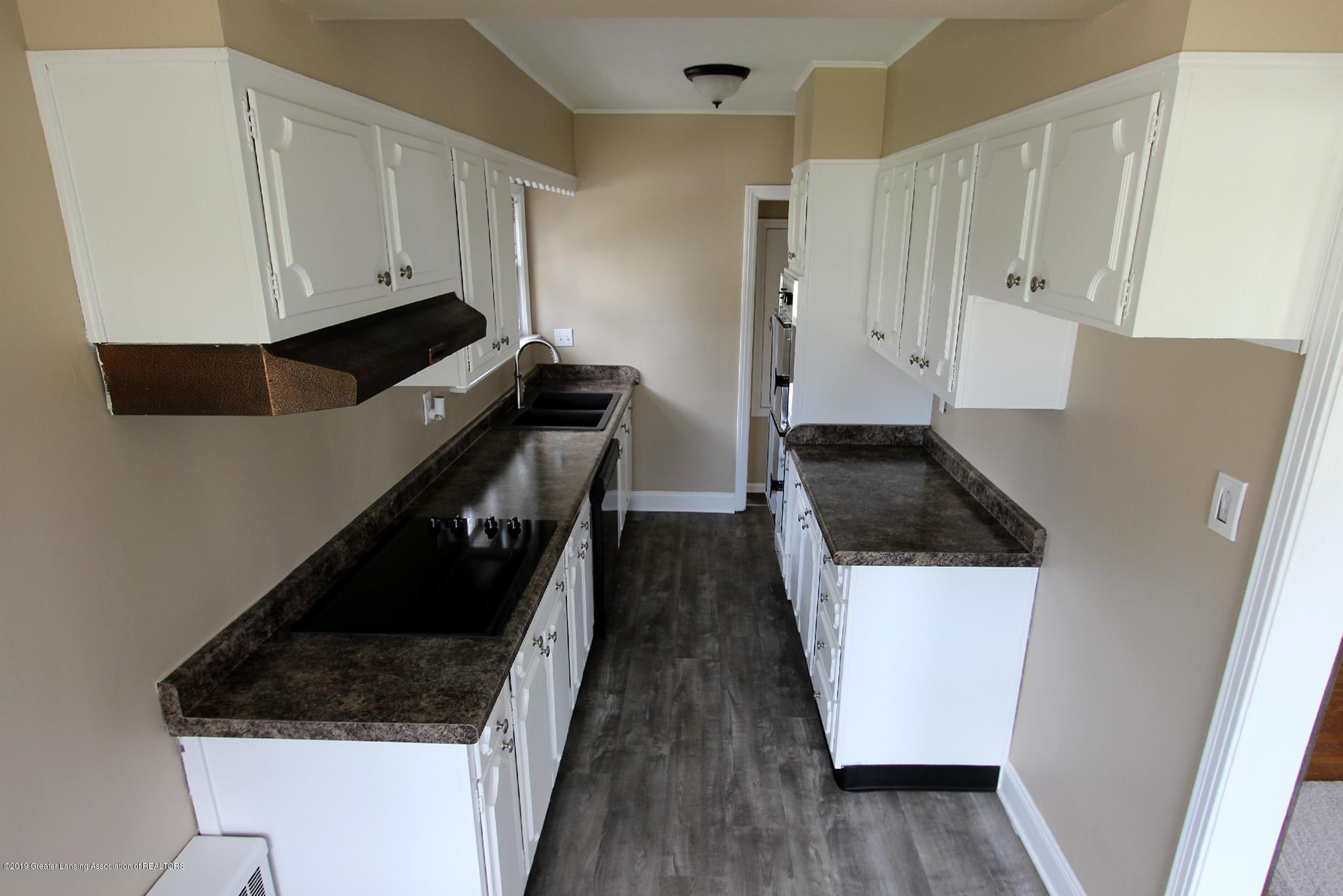214 N Franklin St - 11 Kitchen 2 - 12