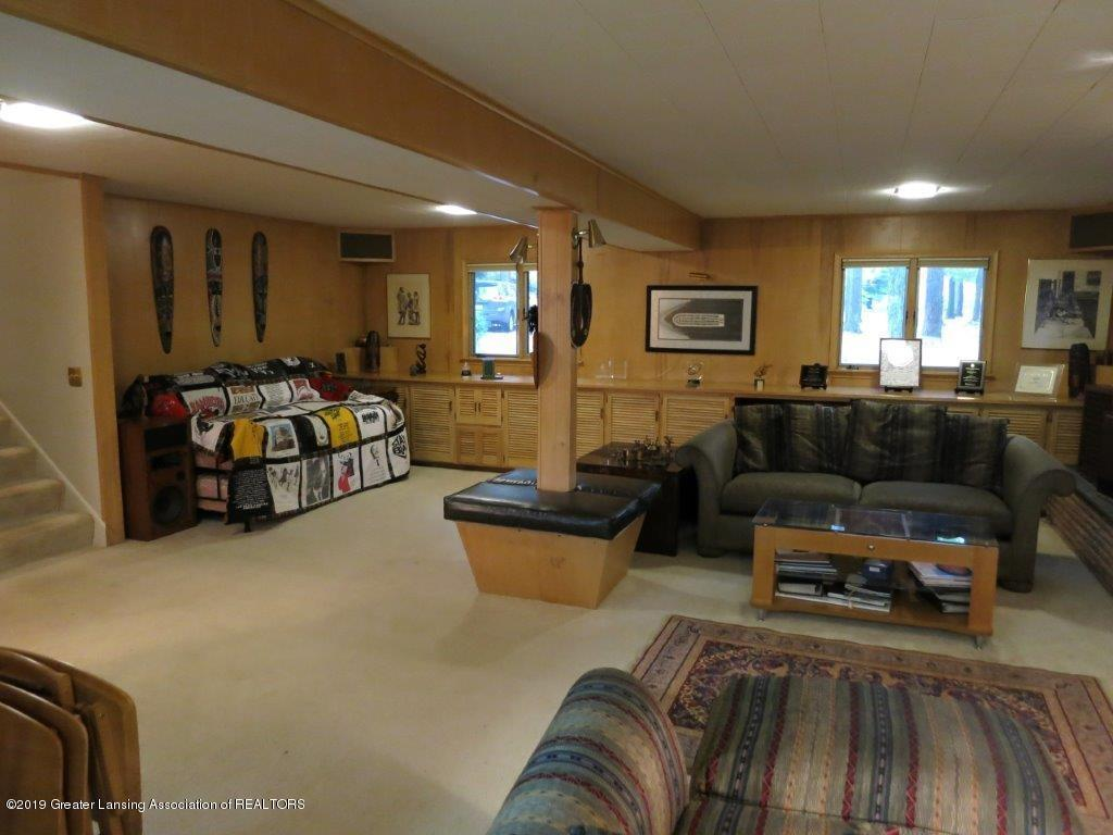 3863 Waverly Hills Rd - Family Room - 68