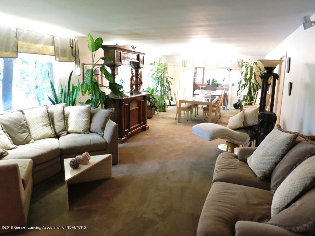 3863 Waverly Hills Rd - Living Room Main - 43
