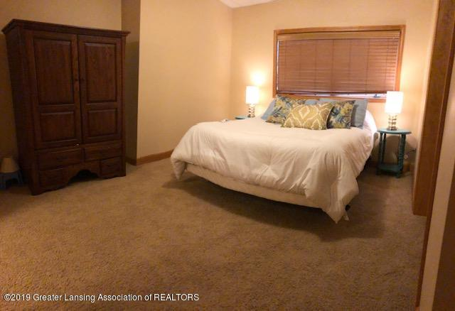 4350 Red Maple Dr - IMG_0416 (002) - 37