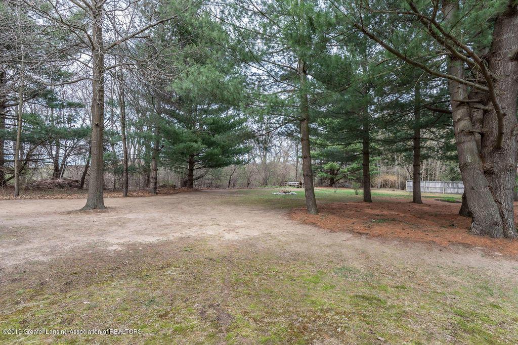 736 W Dexter Trail - Backyard - 42