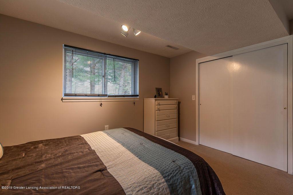 736 W Dexter Trail - Bedroom 3 - 33