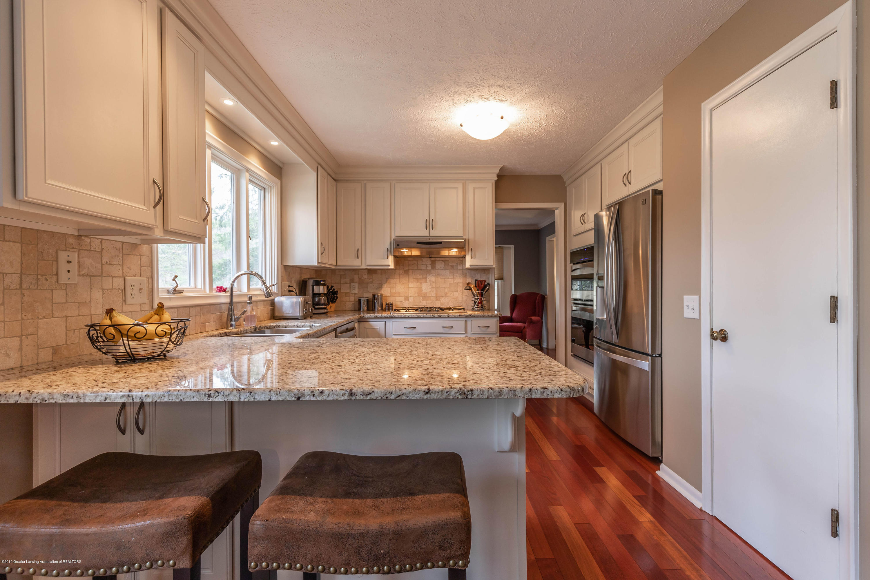 2080 Tamarack Dr - Kitchen - 18