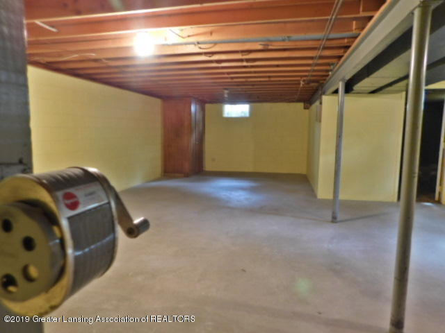 3896 Raleigh Dr - BASEMENT - 12