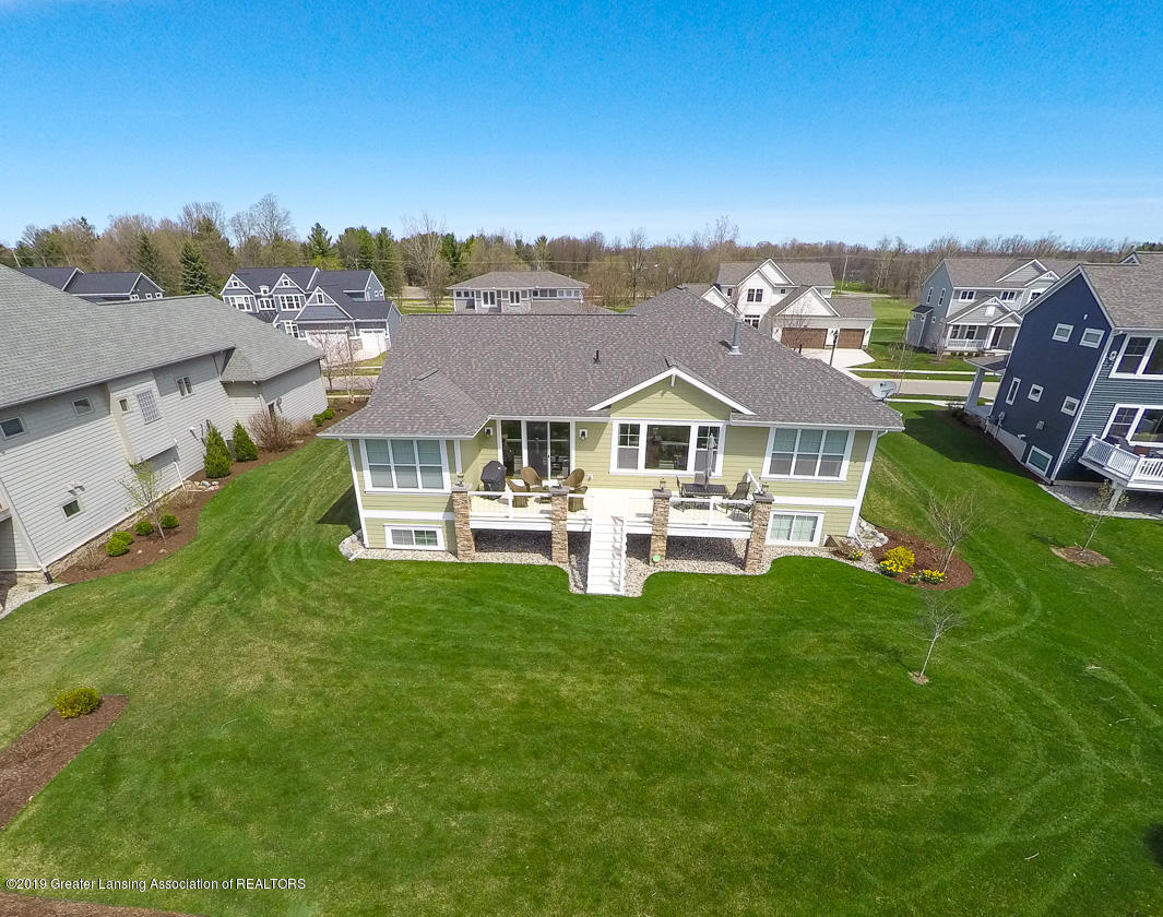 2723 Carnoustie Dr - 011-Updated 2723 Carnoustie Dr Okemos -M - 52