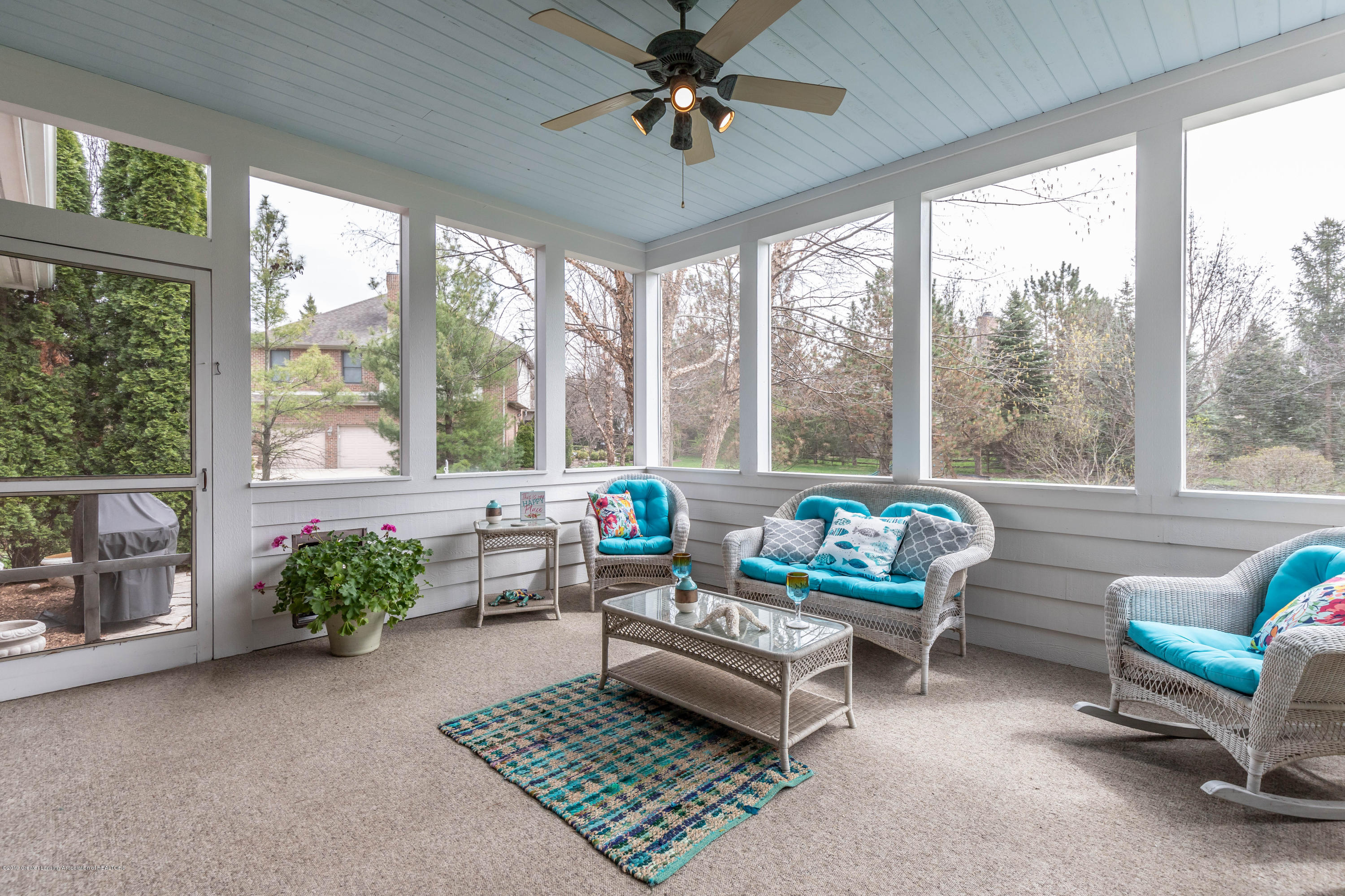 2057 Birch Bluff Dr - 3 season sunroom - 7